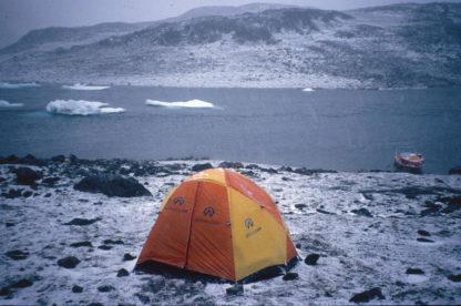 Eventyrlig Ishavsfærd – Vores lejr på Half Way Island.